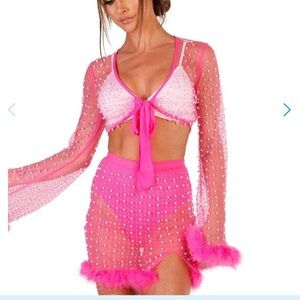 Iheartraves Pearl Studded Set